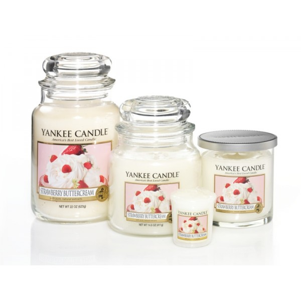bougie yankee candle fraises la cr me petite jar. Black Bedroom Furniture Sets. Home Design Ideas