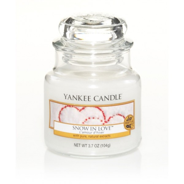 votive yankee candle snow in love bougie de noel yankee candle. Black Bedroom Furniture Sets. Home Design Ideas